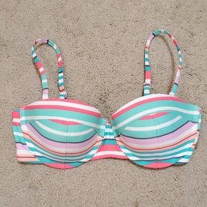 Old Navy Swim - NWOT Old Navy bikini top size Medium